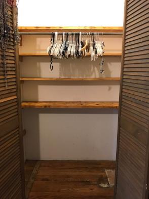 Closet 12